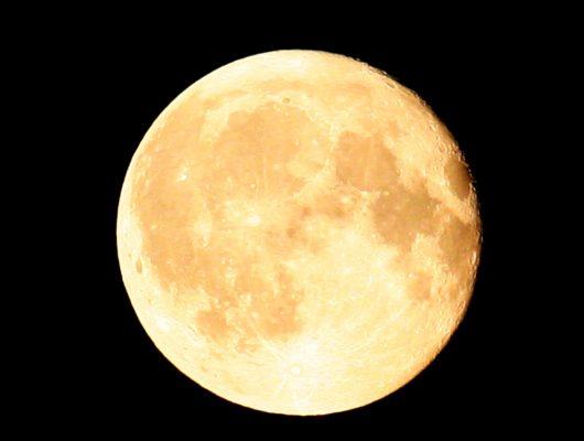 Возможно ли размещение баз на луне?