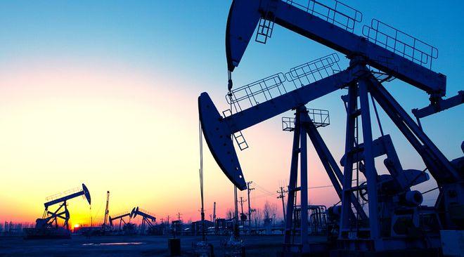 Нефтяные скважины, добывающие нефть