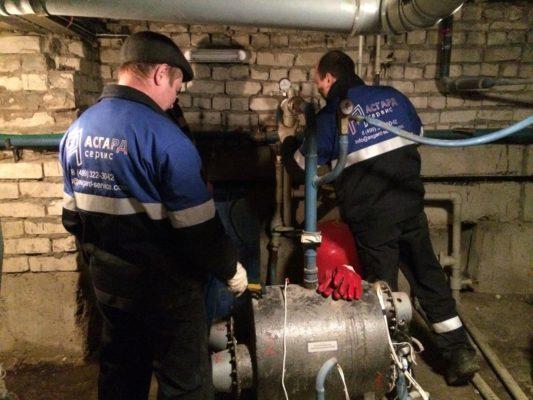 Специалисты АСГАРД-Сервис выполняют работы по обслуживанию индивидуального теплового пункта