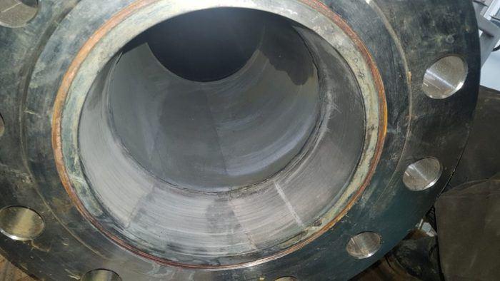 Внутренняя поверхность трубы стала чистой