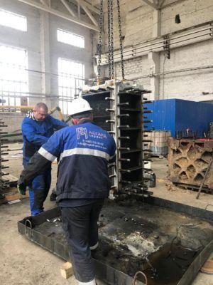 Собрали восемь компаблоков в цехе ремонта при помощи ручной сборки